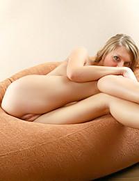 Av Erotica - Teaser