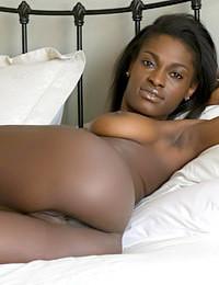 Erotic Beauty - Presenting Aubrey A